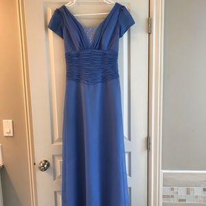 Dresses - Formal Dress